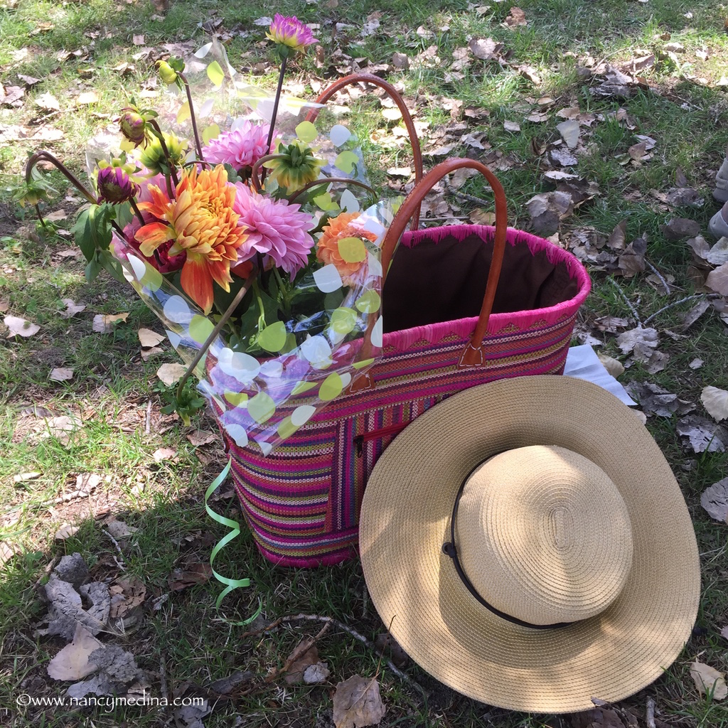 Lake+Germaine+hat+and+flowers+France