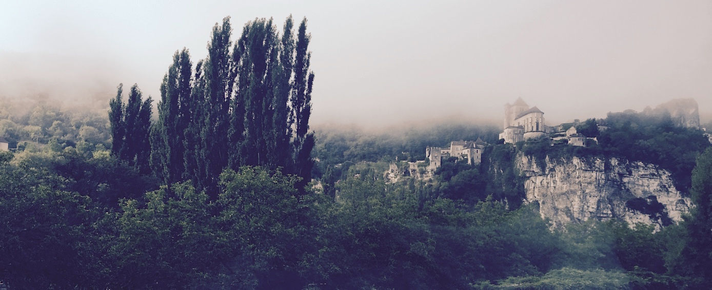 castle+fog+france+best