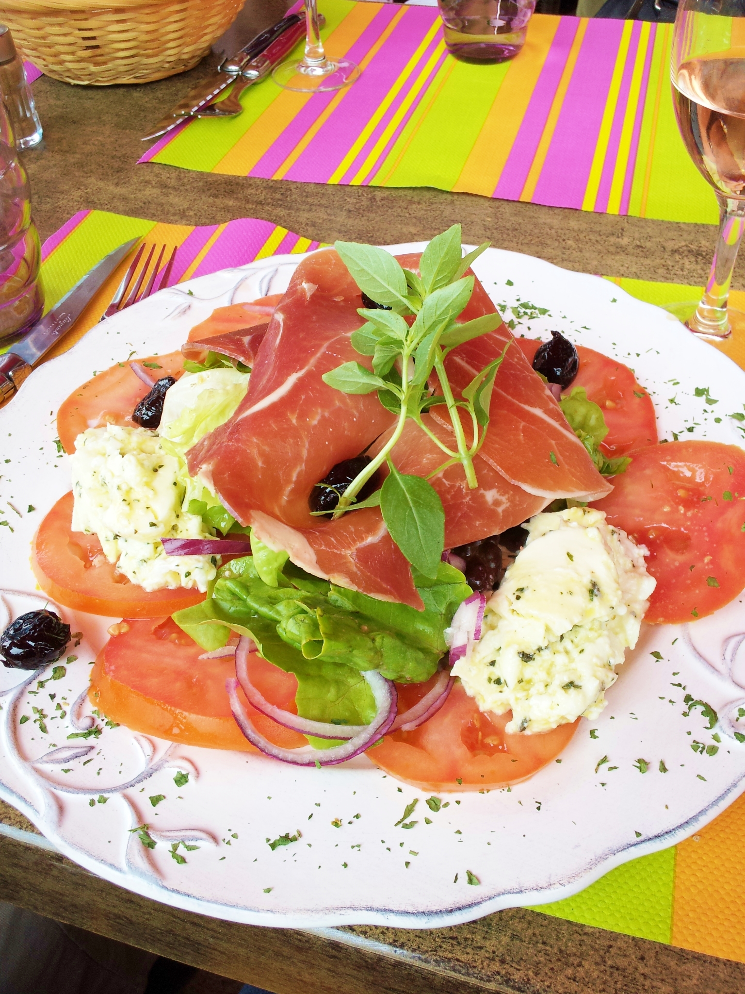 cafe-des-couleurs-italian-salad