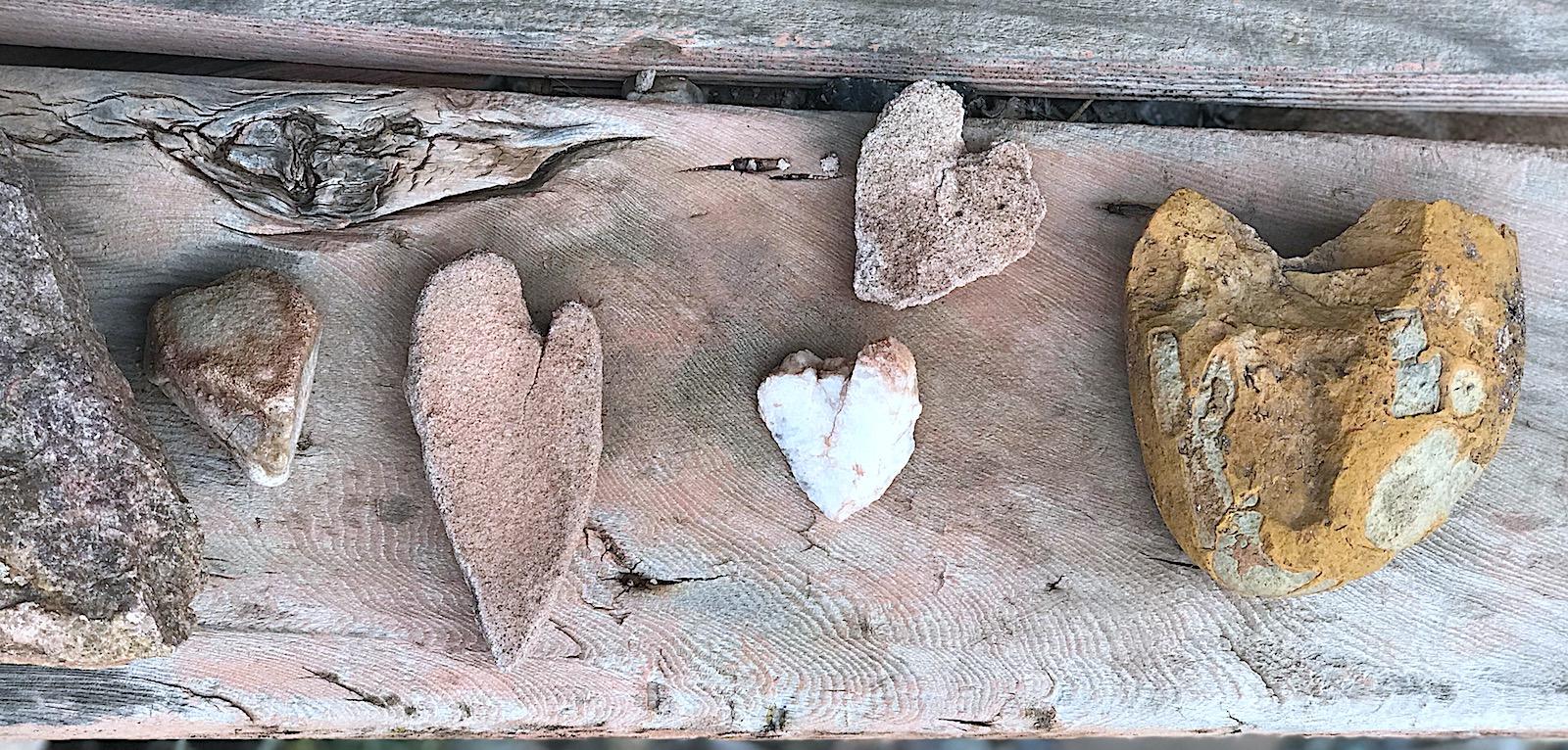 Santa Fe heart rocks
